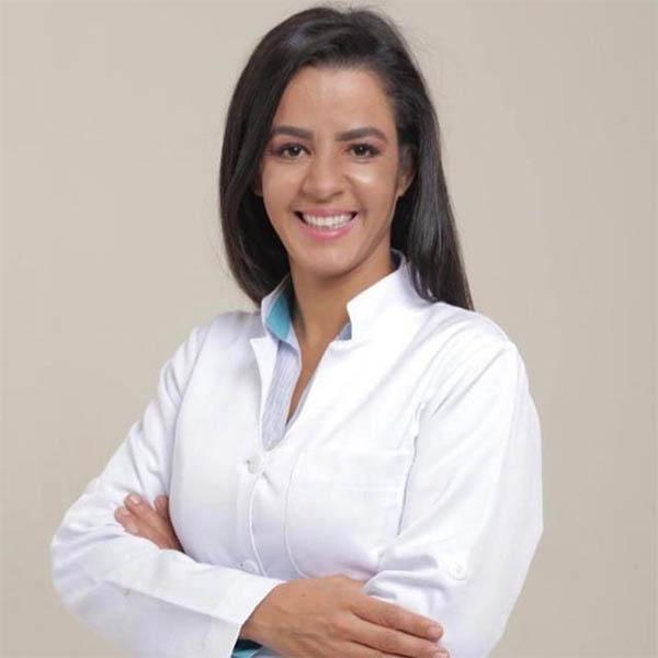 Dra. Valéria Alves